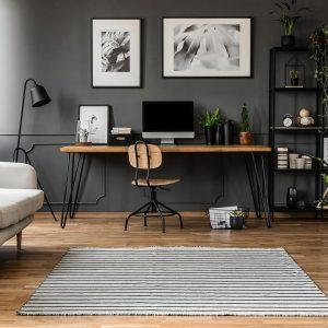 שטיחים לחדר עבודה