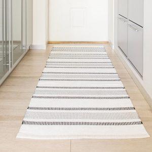 שטיחים מסדרון